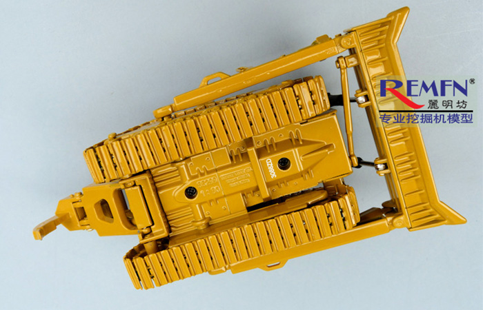Norscot 55299 Caterpillar CAT D8T Track-Type Tractor Die-cast Model, Construction Machinery Static  model, Rescue Truck finished model, display model.