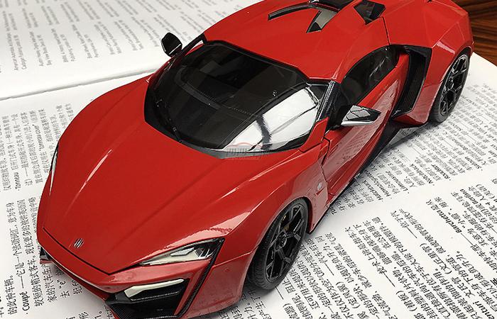 1/18 Scale Model Car, Autocraft W Motors Lykan HyperSport Zinc Alloy Diecast Model.