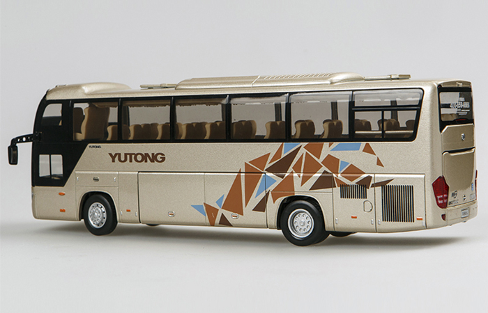 1/24 Scale Model YuTong Buses ZK6118H2Y Original Diecast Model Bus, Metal Scale Model Car, Gifts, Toys, Collectibles, Display Model, Static Model.