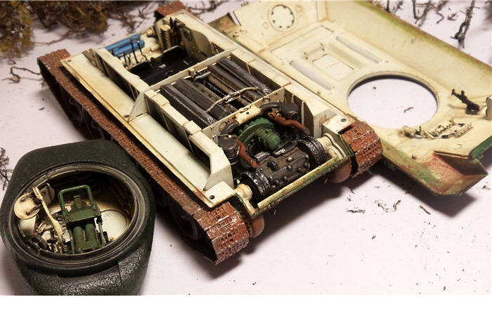 1/48 Scale TRUMPETER / HOBBY BOSS 84809/84807 Plastic Model Kit WWII Soviet Union T-34/85 Tank.