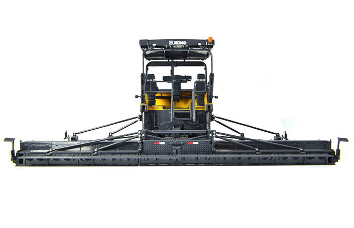 1/50 Scale Model Xugong RP953 Asphalt Paver Diecast Model, Engineering machinery model.
