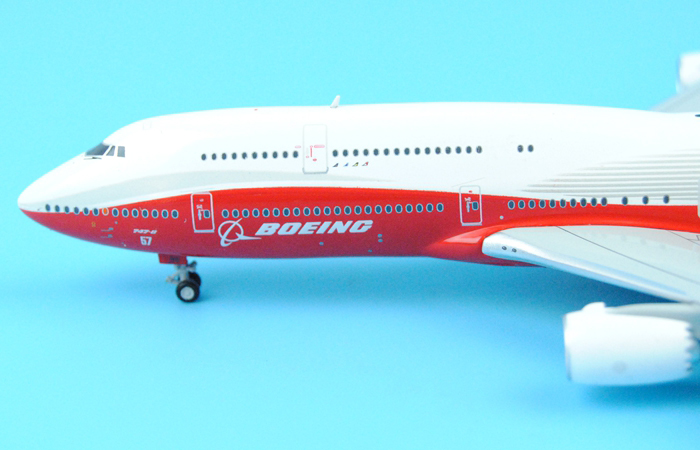 1/400 Model Airplane JC-Wings XX4001 Boeing 747-8 House N6067E Aircraft Diecast Model Collectibles, Scale Model, Metal Model Plane.