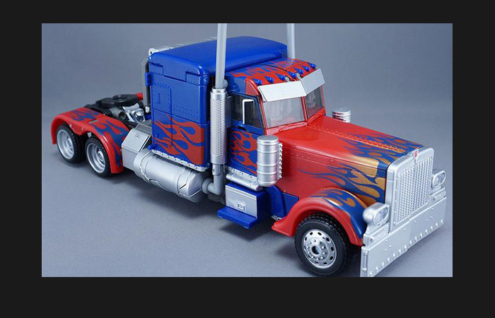 Hasbro, Takara Tomy, Transformers,MB-11 Transformers III Dark Of The Moon Optimus Prime.