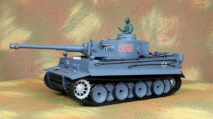 HENG-LONG Toys RC Tank 3818, WWII German Tiger I 1/16 Scale Model Tank, Airsoft tank, military  vehicles, radio control battle tank.