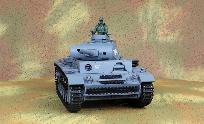 HENG-LONG Toys RC Tank 3848, WWII German Panzer III 1/16 Scale Model Tank, Airsoft tank, military vehicles, radio control battle tank.