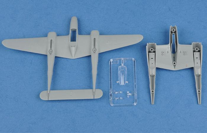 Hobby Boss 80284 Plastic Model kits, 1/72 Scale US P-38L-4-LO Lightning Plastic Model Kit, aircraft Scale Model