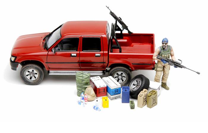 Meng-Model VS-002 1/35 Scale Plastic Model Kit Pickup Truck With Equipment Scale Model, Static Truck Model