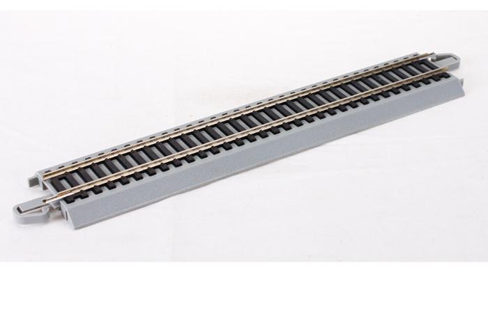 Bachmann 44511 HO Scale 9 Inch Straight Track, Nickel Silver Rail Model.