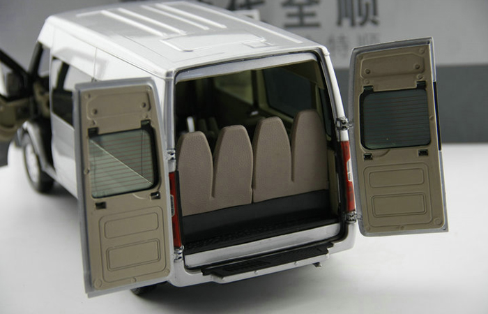 1/18 Scale Ford Transit Van Original Diecast Model, Gifts, toys, collectibles, Display Model, Static Model, Ford Transit Connect Wagon.