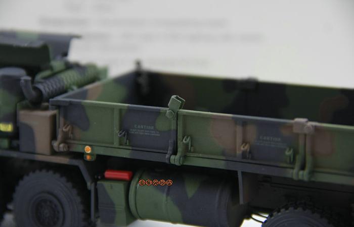 Oshkosh HEMTT M985 A2 Diecast Model, Scale Model, military models, oshkosh military trucks, oshkosh military vehicles, heavy truck, tactical trucks.