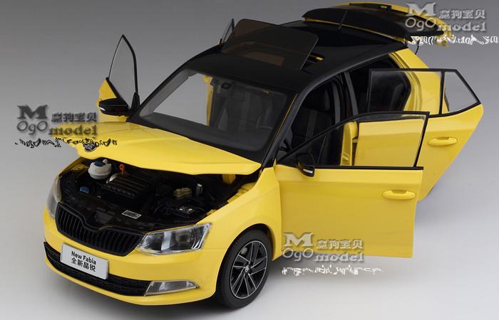 1/18 Scale Model Volkswagen SKODA FABIA 2015 Original Diecast Model Car, metal Scale model car, Gifts, toys, collectibles, Display Model, Static Model.