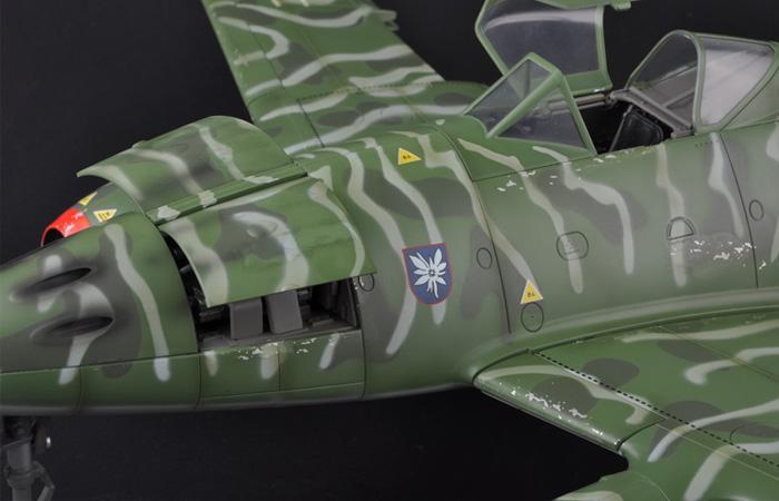 Merit Plastic Model kits JSI-60026, 1/18 Scale Finished WWII German Weapon sMe 262A 5./KG(J) 51 Edelweiss Rheine, World War II military model