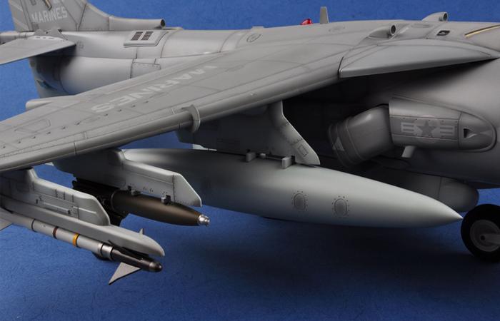 Merit Massive Plastic Model, 1/18 Scale United States Marines Corps McDonnell-Douglas AV-8B Harrier II Finished model, Trumpeter OEM 60027